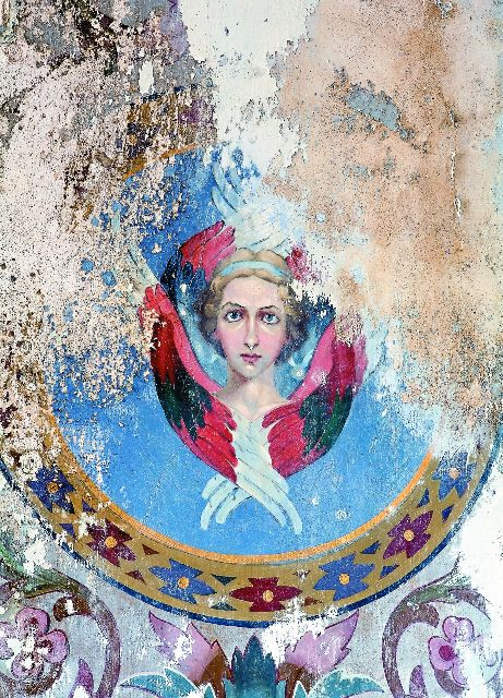 Старинные фрески чудом сохранились