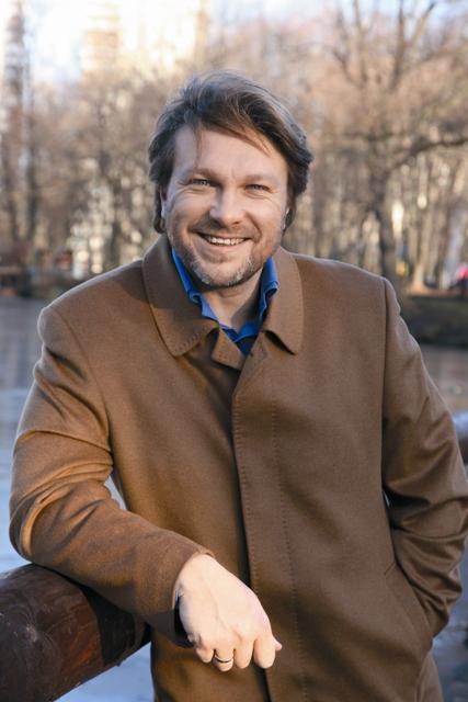 От телеэкрана к храму надеется привести своего зрителя популярный актер Егор Пазенко