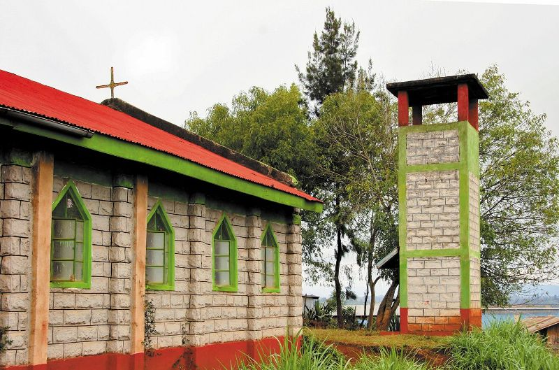 Сейчас глиняные строения почти везде заменены каменными или кирпичными церквями