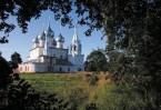 Крестовоздвиженский собор в валах - жемчужина романовской стороны