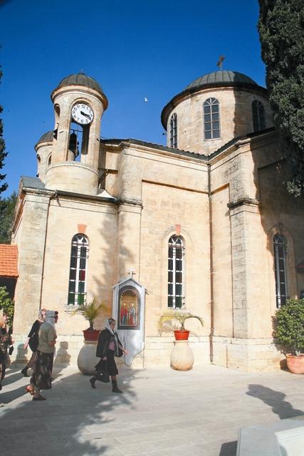 Православные всего мира любят венчаться в храме святого Георгия Победоносца и считают, что заключенный здесь брак будет счастливым