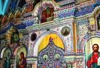 Уникальный фарфоровый  иконостас храма в Буэнос-Айресе теперь восхищает не только южно американцев. Подивиться на его копию можно и в Украине