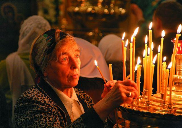 Среди чудотворных образов Царицы Небесной особенно близка сердцу православного человека икона Божией Матери «Всех скорбящих Радость»