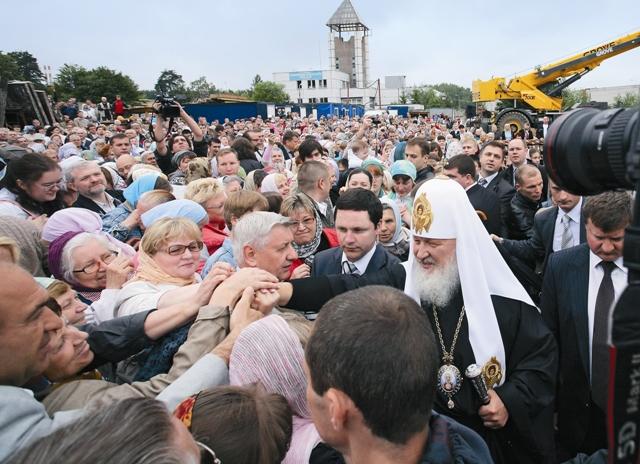 Уже в июне 2012 года Патриарх Московский и всея Руси Кирилл совершил чин освящения закладного камня