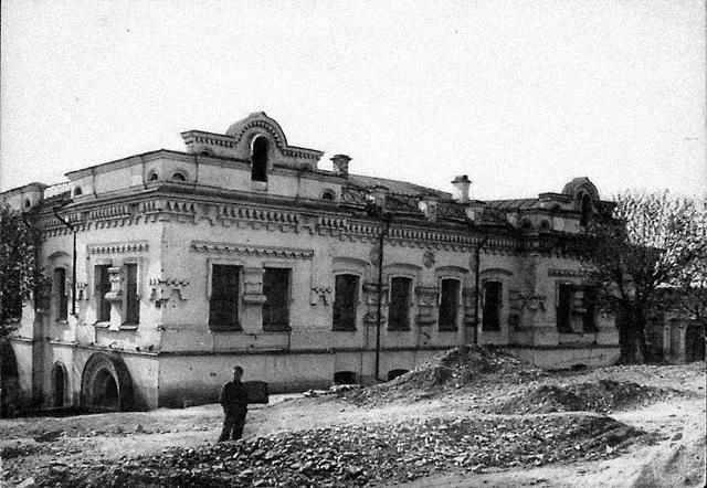Ипатьевский дом. Разрушен в 1977 году по решению Политбюро ЦК КПСС