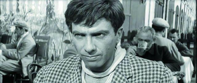 Роль Остапа Бендера была предложена Сергею Юрскому, который как нельзя лучше воплотил замысел режиссера
