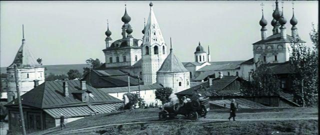 Михайло-Архангельский монастырь кинематографисты сняли буквально со всех ракурсов