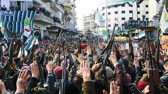 Начавшийся два года назад конфликт в Сирии унес жизни уже свыше 100 тысяч человек. В основном, это старики, женщины и дети. Первые военные действия в Сирийской Арабской республике начались в древнем Хомсе, где проживала самая большая диаспора христиан,