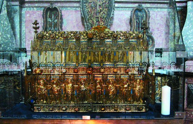 Мощи глубоко почитаемых в России святых врачей-бессребренников Космы и Дамиана хранятся в небольшой мюнхенской часовне