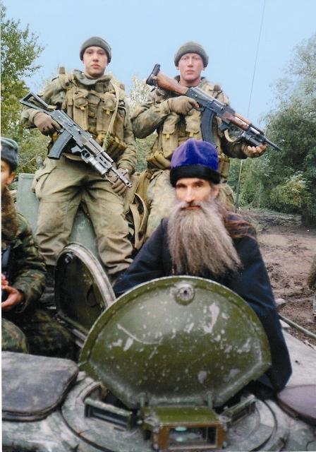 Не одно десятилетие отец Олег окормляет воинов, служащих на Псковской земле