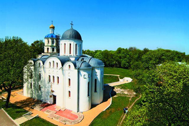 Борисоглебский собор и коллегиум в черниговском детинце