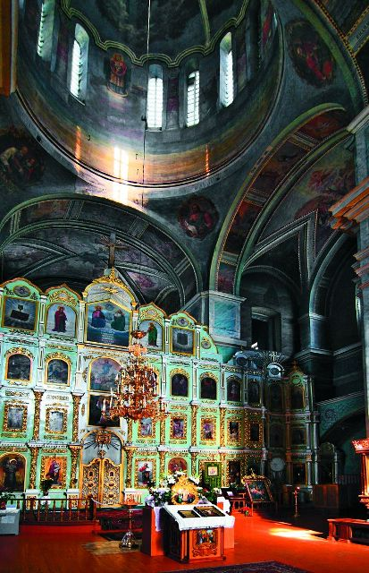 Интерьер Троицкого собора
