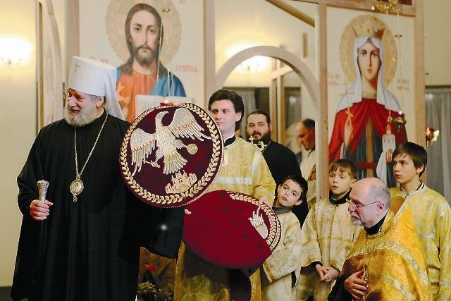 Первое богослужение возглавил митрополит Христофор, Предстоятель Православной Церкви Чешских земель и Словакии