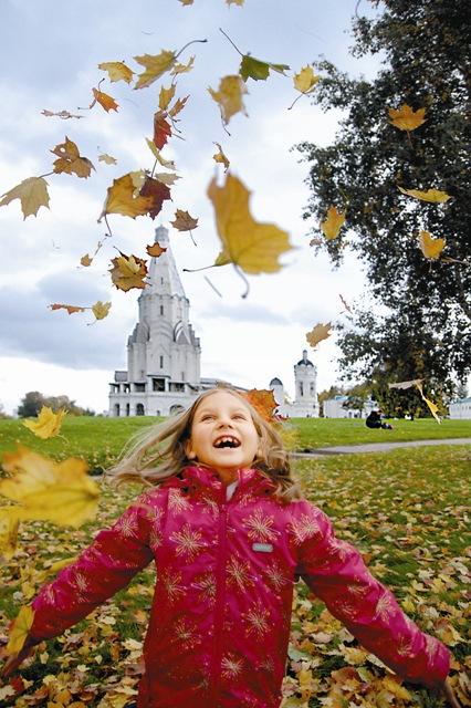 Коломенское – поистине царское место: и по красотам природы, и по великолепию древних церквей