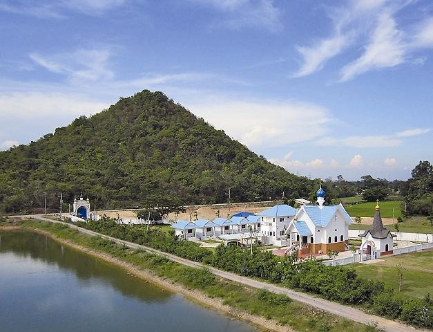 Свято-Успенский мужской монастырь в провинции Ратчабури