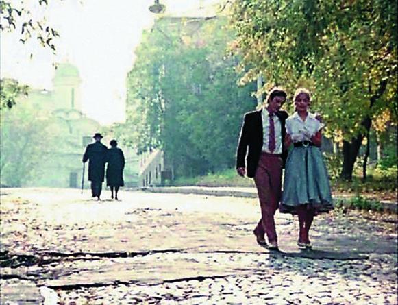 несколько лет спустя по нему пройдут Костик и Рита из «Покровских ворот».